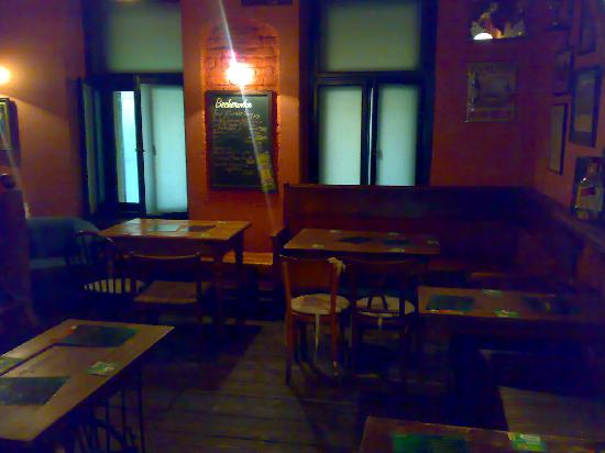 Molly Malone's : The back room