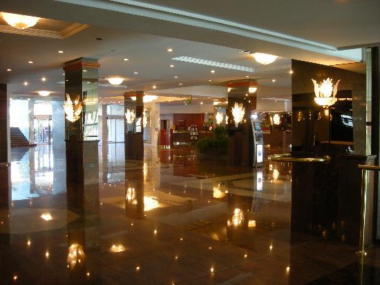 Grand Hotel Bernardin : Hotel hall