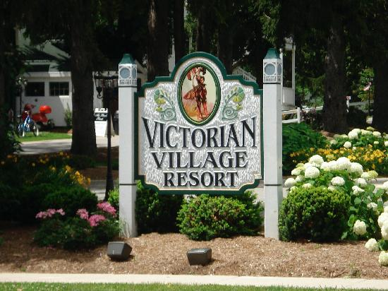 فيكتوريان فيلدج ريزورت: the resort