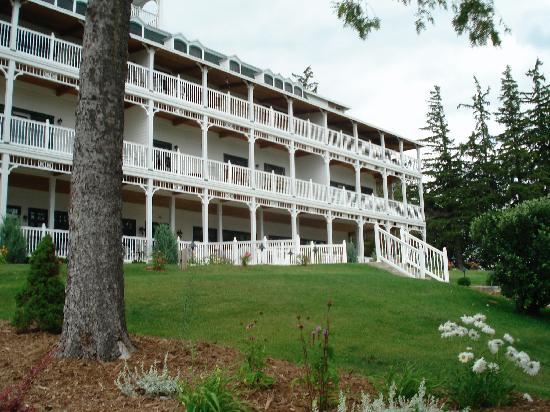 Victorian Village Resort: The condo suites