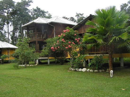 La Isla Hosteria: Cabins