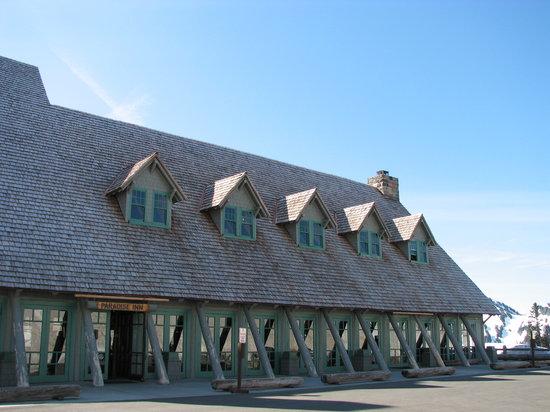 Paradise Inn at Mount Rainier: Front entrance to the Inn.