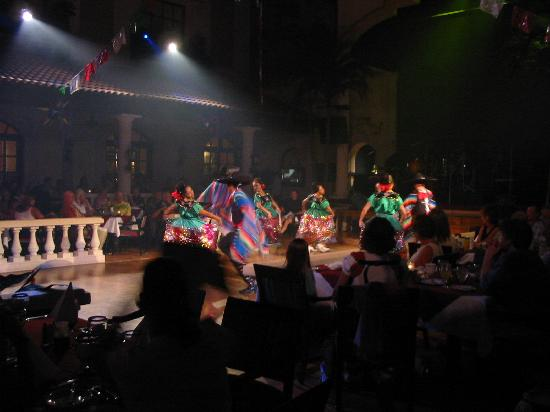 Hacienda Sisal : Mexican night dancers