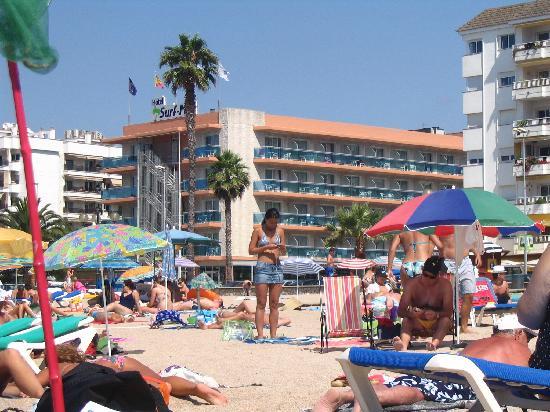 Hotel Surf-Mar: hotel vu de la plage