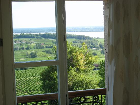 Chateau Bellevue: View out bedroom window.