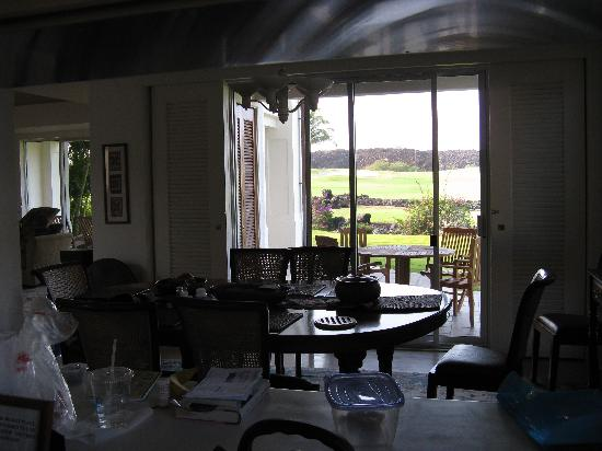 The Islands at Mauna Lani: inside looking out