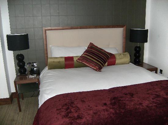 Rochestown Park Hotel: Bedroom
