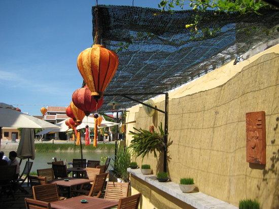 Citronella Cafe: Beautiful view of lanterns