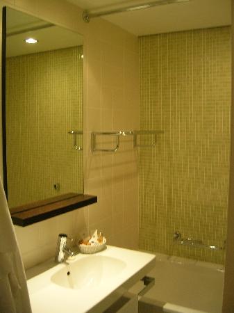 Hotel Das Tigra: Bathroom
