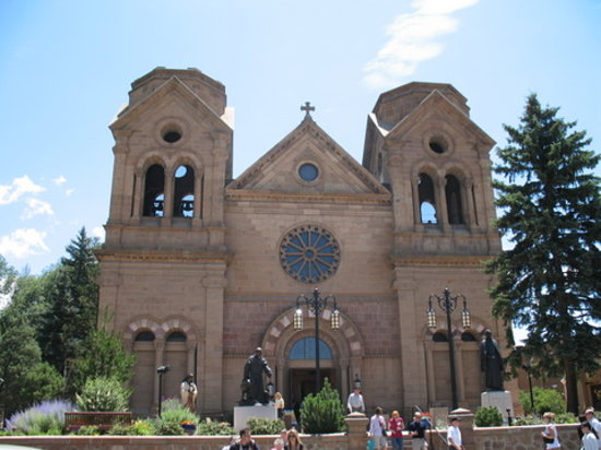 Santa Fe, New Mexiko: The Famous Basilica of St. Francis