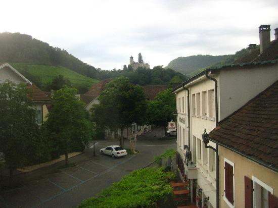 Hotel Gasthof zum Ochsen: View from a side window