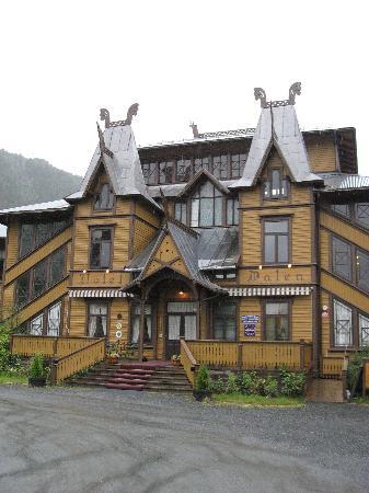 Dalen Hotel: Hotelauffahrt