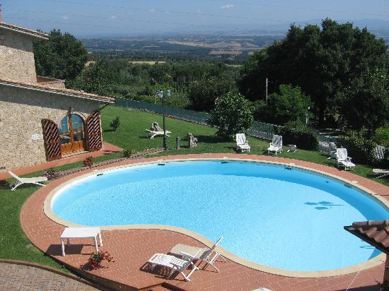 Hotel La Lanterna: Garden