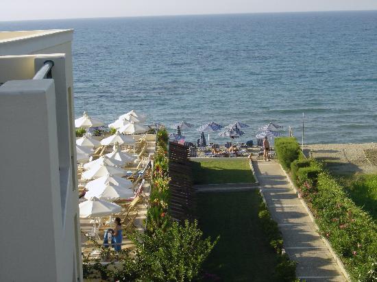 Hydramis Palace Beach Resort: vue de la chambre