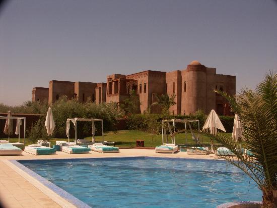 La Maison des Oliviers: Vistas des de la piscina