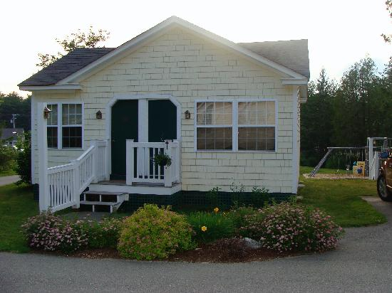 The Country Inn at Camden / Rockport : Front of our cabin