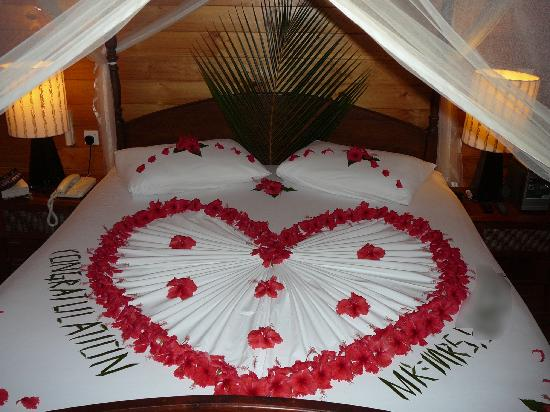 Bed decoration on our special day picture of meeru for Marriage bed decoration photos