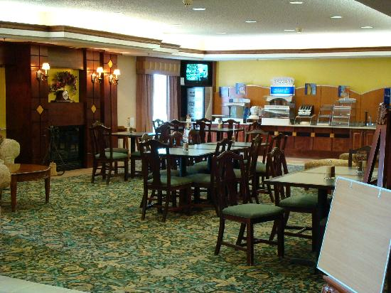 Holiday Inn Express Liberal: Breakfast room