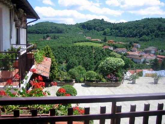 Ristorante Albergo da Maurizio : View from room to terrace