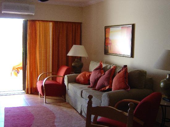 Pestana Porches Praia: hotel room