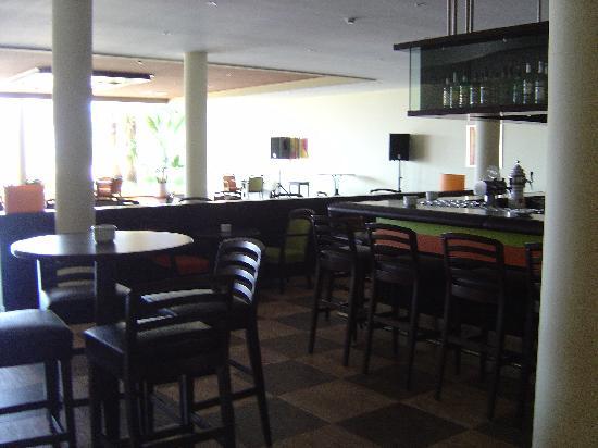 Pestana Porches Praia : hotels bar