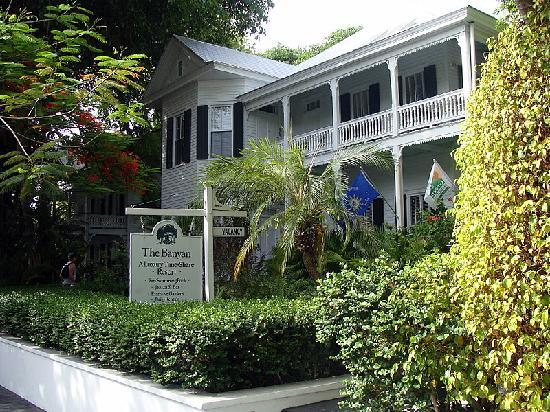 front of banyan picture of the banyan resort key west. Black Bedroom Furniture Sets. Home Design Ideas