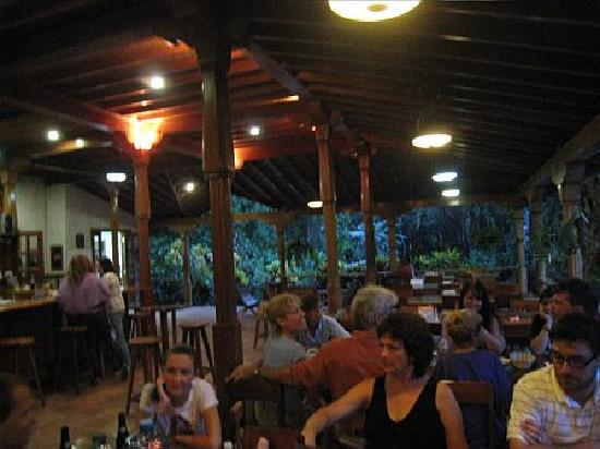 Ian Anderson's Caves Branch Jungle Lodge: Dinner time at Caves Branch