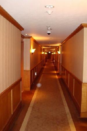 The Shilla Seoul: Hallway