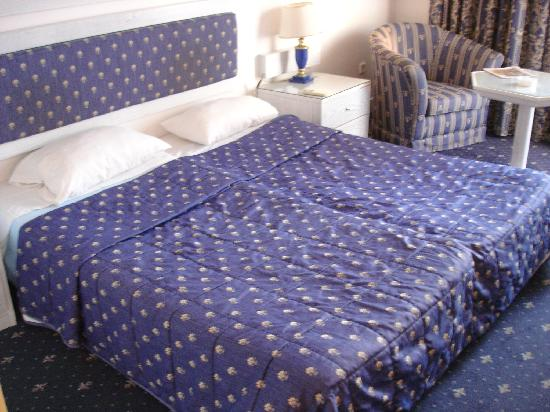 Mitsis Grand Hotel: habitacion