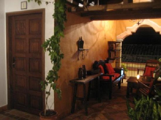 Yat B'alam Boutique Hotel : Room Entry