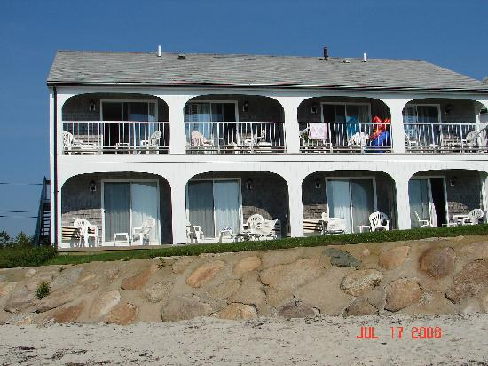 Beach House at Bass River: Beach looking back at resort
