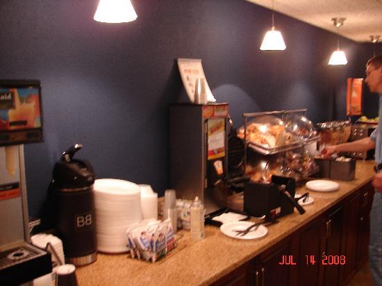Fairfield Inn Boston Dedham: Breakfast Area