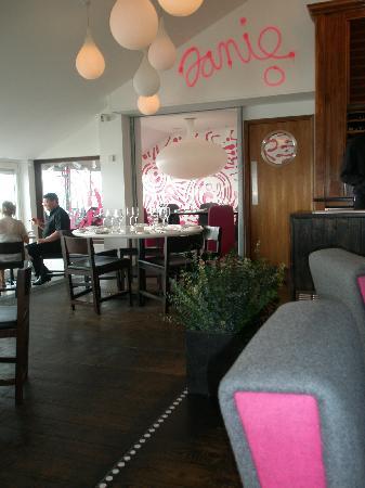 Newquay Breaks : Fifteen restaurant
