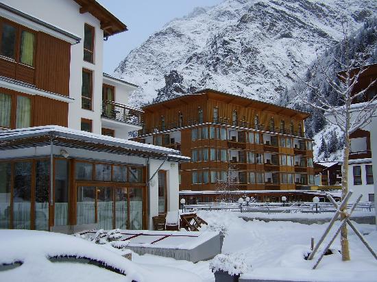 Hotel Vier Jahreszeiten: Hotelkomplex