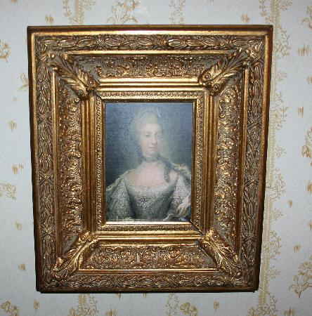 Anno 1647: Art over bed