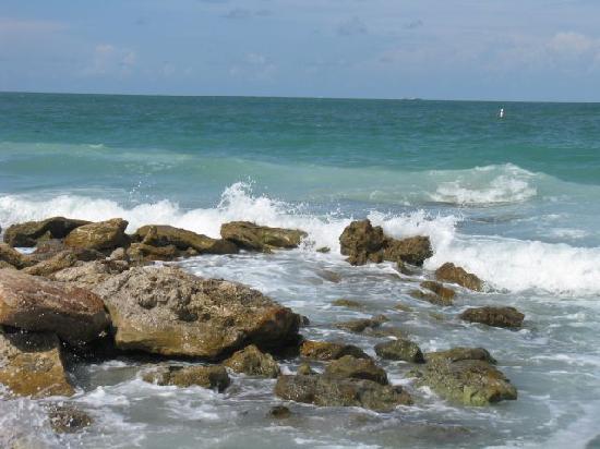 Lido Beach Resort Rocks On The