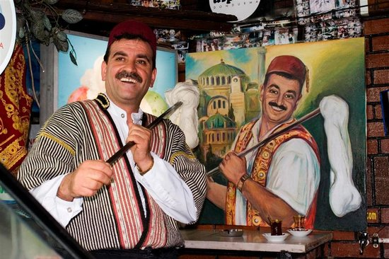 Istanbul, Turkey: Ice-cream man - who's the real deal?