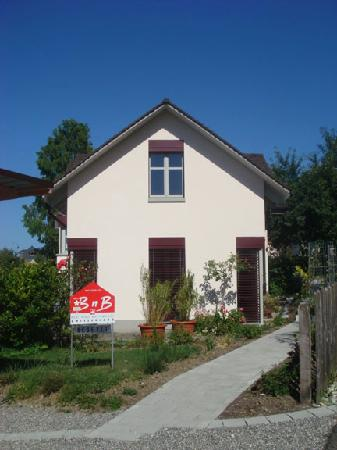 Berlingen, Switzerland: side of house