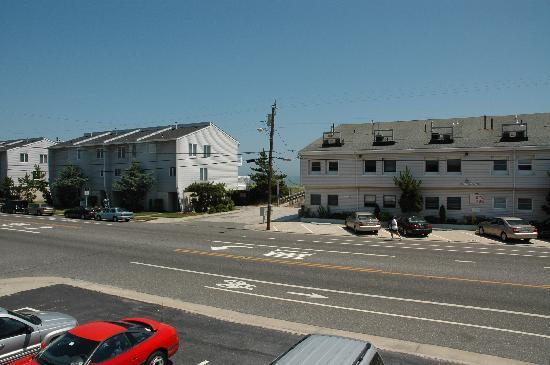 Carousel Condominiums : beach entrance viewed from balcony