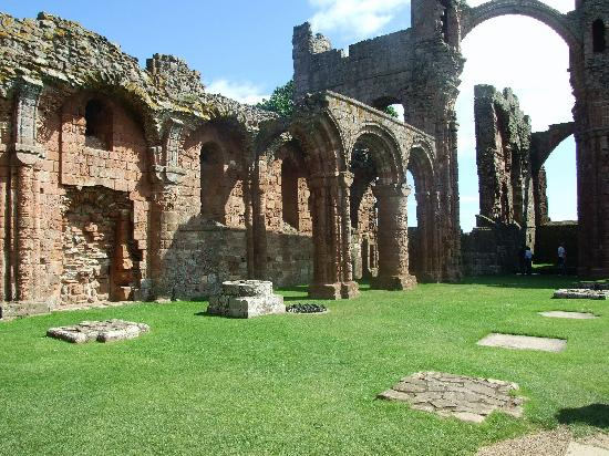 Redfoot Lea Bed and Breakfast: Lindisfarne Abbey