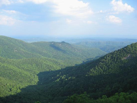 Bluffs Lodge - view from Wildcat Rocks