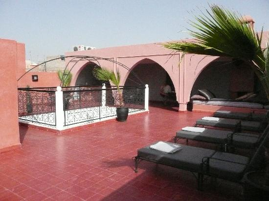 Riad Elizabeth : relaxing roof terrace