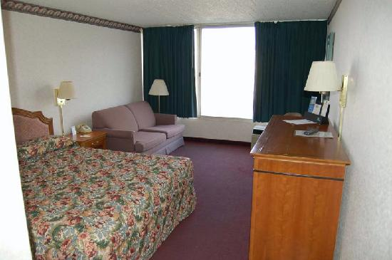 Super 8 Erie/I 90: Picture Of Room