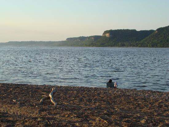 Lake City, MN : Hok-Si-La Beach