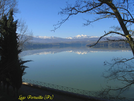 Basilicata, Italia: Lago Pertusillo