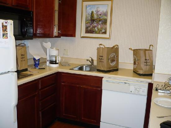 Residence Inn Newark Silicon Valley: Kitchen Corner