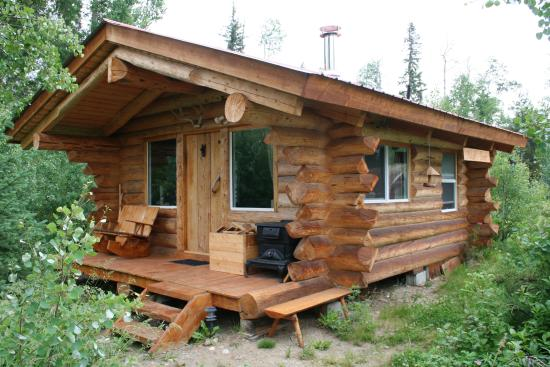 River's Edge Guest Cottages: Small cabin
