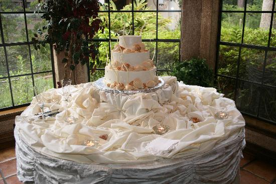 Northwest Forest Conference Center Hotel The Wedding Cake Was Not Only Beautiful But