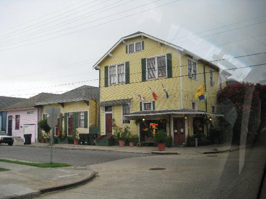 Olde Town Inn : Front of the hotel