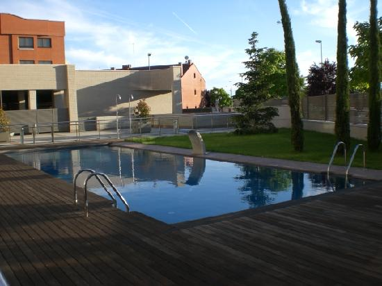 Vincci Frontaura: piscine exterieure